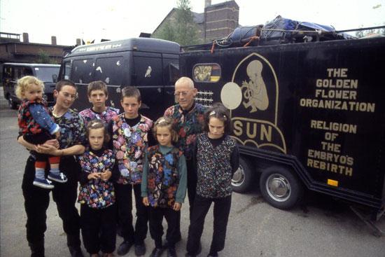 zwarte_bus_caravaan1